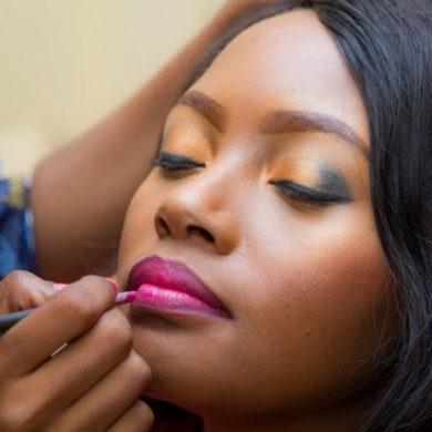 Tips for Wearing Dark Lipstick