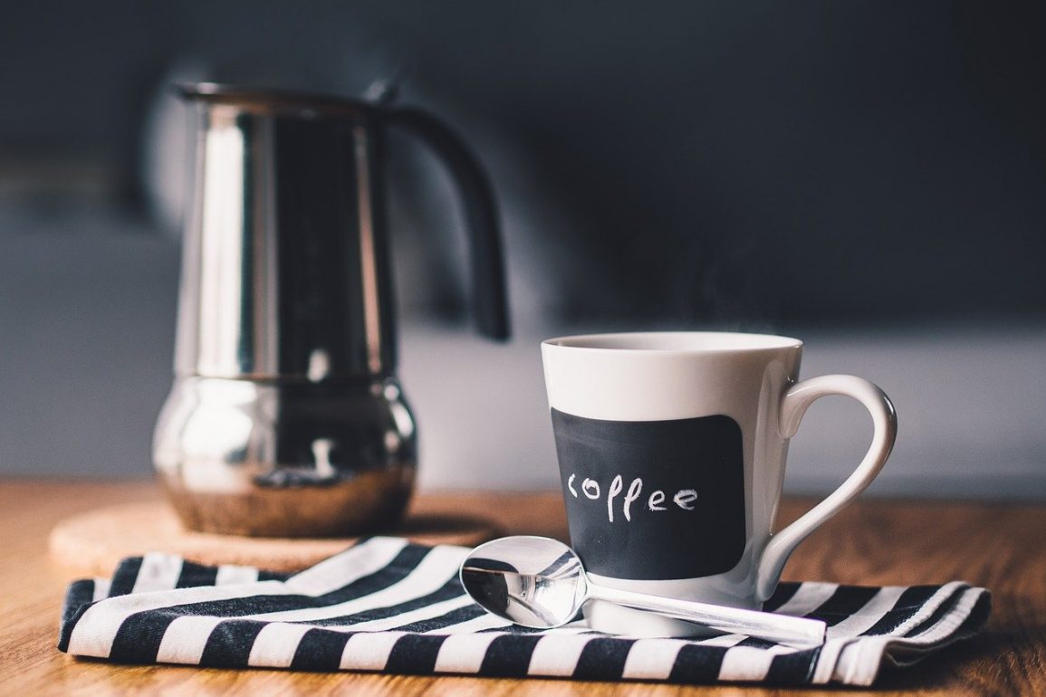 15 Benefits & Possible Drawbacks for Coffee for Women