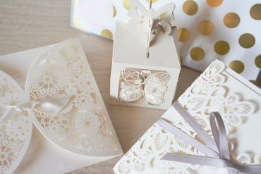 Things You Should Look for When Ordering Wedding Invitations
