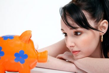 Financial Health Tips for Young Women Entering the Workforce