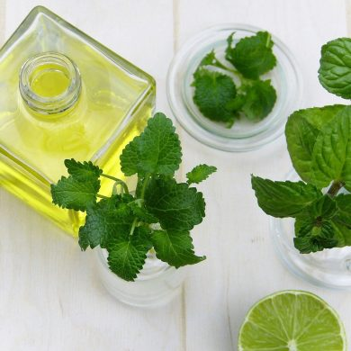 5 Ways Essential Oils Can Improve Your Wellness